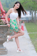 Joan117 (greenjacket888) Tags: portrait cute beautiful asian md leg lovely  leggy          asianbeauty   85l  85f12  beautyleg  joanwu 5dmk  5d3