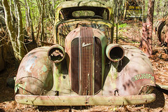 1936 Pontiac (alrob_photos) Tags: classic car 1936 junk parking vehicle pontiac junkyard wreck automoble oldcarcity