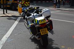 Metropolitan Police BMW R1200RT RPTC Bike - BX12 KGG (Matthew Cammack) Tags: road bike traffic police bmw met metropolitan blocking r1200rt bx12 kgg rptc