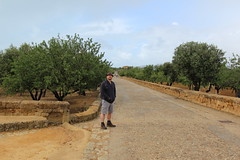 Craig at the Valley of Temples (ec1jack) Tags: trip italy holiday greek march spring europe mediterranean roman may april sicily agrigento valleyoftemples 2016 kierankelly ec1jack canoneos600d