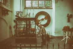 Clockworker @ Hooglandse Kerk (Leiden) (PaulHoo) Tags: city portrait urban holland clock church netherlands architecture leiden nikon candid interior nik kerk lightroom toning 2016 hooglandse clockworker d700 analogefex