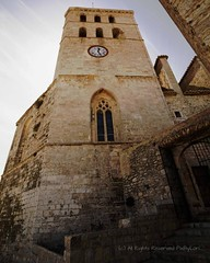 Catedral de la Verge de les Neus (Photoz Darkly) Tags: spain catholic cathedral religion churches ibiza reverence iglesias cathedralofourladyofthesnows catedraldenuestraseoradelasnieves catedraldelavergedelesneus