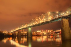The Walnut Street Bridge - Valentine's Day (Roland 22) Tags: northshore chattanoogatennessee tennesseeriver marketstreetbridge valentinesday walnutstreetbridge evening beautiful red pink reflection lightshow flickr
