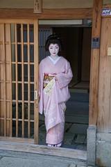 Maiko20160807_08_05 (kyoto flower) Tags: ishibeikoji toshimana kyoto maiko 20160807 舞妓 石塀小路 とし真菜 京都 furuyuki 芸妓 geiko