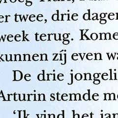 Tonke Dragt (LettError) Tags: jacute typography character dutch language type typedesign typemedia