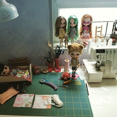 Dolls waiting in the Dollily studio. ....