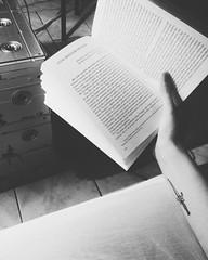 Poe (Jess Alberti) Tags: tattoo book livro edgarallanpoe athame historiasextraordinrias