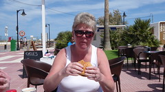 080 12-05-16 ELAINE HAVING SNACK LO PAGAN (PAUL H BURNS) Tags: lopagan elaineburns elainehalligan