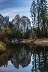 Yosemite (Thelma Gatuzzo) Tags: california november autumn usa moon reflection fall nature fauna landscape nationalpark flora natureza eua yosemite viagem moonlight 2014 thelmagatuzzo