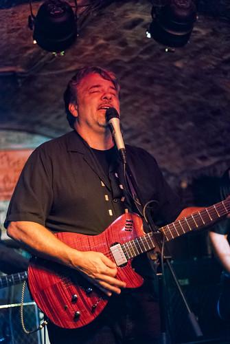 John McElhenney, Buzzie, Cavern Club