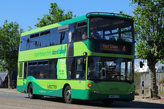 HW58 ATU, Ryde Esplanade, Isle Of Wight, July 18th 2016 (Suburban_Jogger) Tags: hw58atu 1117 route7 scania cn270ud omnicity rydeesplanade isleofwight july 2016 summer bus omnibus passenger travel public transport vehicle goahead southernvectis