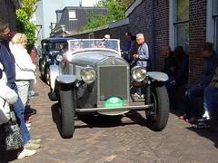 1929 Lancia DiLambda (Davydutchy) Tags: auto people holland classic netherlands car automobile tour rally crowd may nederland cities voiture massa finish vehicle oldtimer eleven friesland rallye lancia mensen klassiker 2015 frysln sleat elfstedentocht vetern sloten menigte automobiel dilambda