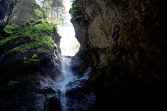 Waterfall (Jos Mecklenfeld) Tags: alps nature germany bayern deutschland bavaria waterfall wasserfall outdoor hiking wandelen sony natur natuur canyon hike alpen wandern germania duitsland oberstdorf schlucht allgu waterval nex 3n canion beieren breitachklamm allgueralpen natur cascad epz1650mmf3556oss sonynex3n