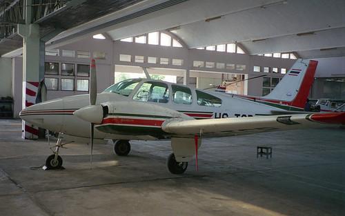 Beech Baron B-55 HS-TCP Hua Hin Apr96