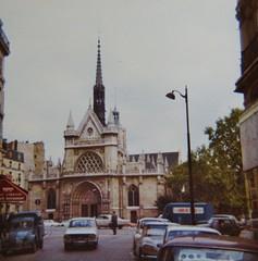 PARIS 1974 (streamer020nl) Tags: paris church restaurant 1974 kirche citron 2cv glise kerk parijs lorrain renault12 fourgon llh louiselh citron2cvfourgonette eglisestlaurentdeparis