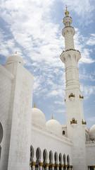 Minaret (Bartholomew K Poonsiri) Tags: white building islam religion uae middleeast wideangle mosque structure abudhabi sheikhzayedgrandmosque sonyepz1650mmf3556oss sonyilce6000