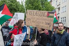Proteste am Nakba-Tag fr Israel und Palstina in Berlin Neuklln (Theo Schneider) Tags: berlin protest demonstration palstina neuklln nakba karlmarxplatz gegenisrael nakbatag