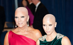 Kris-Jenner-Kim-Kardashian2 (marisabuffagni) Tags: cute kim bare smooth shaved bald pomo cropped buzzed zero clipper jovanka scalp macchinetta liscia calva rasata tosata kardashian pelata rapata