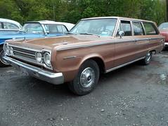 1967 Plymouth Belvedere II Wagon (splattergraphics) Tags: wagon plymouth 1967 belvedere mopar carshow stationwagon belvedereii bbody sledfest duncannonpa hooliganscarclub