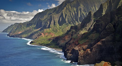 Nāpali Coast State Wilderness Park. Na Pali Coast, Kalalau Beach, & Kalalau Valley, Ke'e Beach, Kauai, Hawaii. Kalalau Trail Aerial. (lihue1946) Tags: kalalau hawaii kauai keebeach kayaking sailing sail snorkeling caves hiking trail hill cave aerialkalalautrail