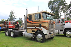 ATHS National 2016 (472) (RyanP77) Tags: aths national salem oregon log truck logger mack kenworth peterbilt frieghtliner internationaltruck semi pete rig diamon t 359 379 b model coe cabover trucking trucker rigs chrome show classy autocar bubblenose whitlog antique historical association