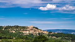 Le village de Lacoste (bonacherajf) Tags: village provence chateau luberon lacoste lubron