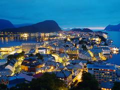 lesund, Norway (TakeJet999) Tags: pentax q q7 norway alesund lesund   hjrund