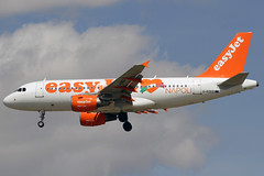 EasyJet Airbus A319-111 G-EZEZ MAD 19-04-15 (Axel J. ✈ Aviation Photography) Tags: madrid airport aircraft aviation airline airbus mad flughafen flugzeug aeropuerto flugplatz avion easyjet airfield aviação aviones adolfo vliegtuig barajas a319 aviación luftfahrt luchthaven fluggesellschaft gezez suárez""