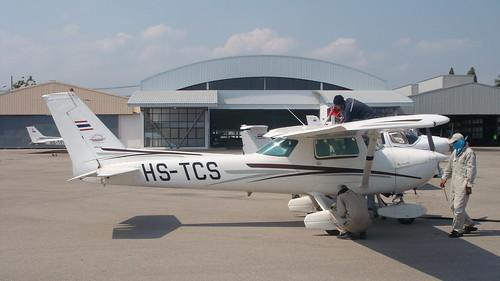Cessna 150M HS-TCS-01 Hua Hin 14Jan10