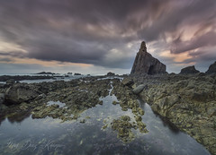 - Fables and legends - (Mar Diaz -korama-) Tags: longexposure sky espaa naturaleza seascape luz beach nature water clouds marina sunrise landscape photography spain agua rocks playa paisaje cielo nubes ocaso rocas ligh fotografa largaexposicin filtrosnd d7000 mardazkorama