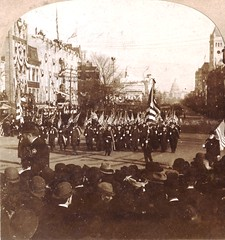 Ohio veterans marching up Pennsylvania Avenue - 1890s (Aussie~mobs) Tags: pennsylvaniaavenue war veterans ohio march honour leader stereoview vintage stereoscopicphotograph aussiemobs