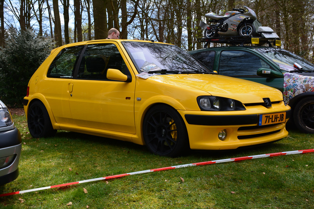 The Worlds Best Photos Of Ultraleggera And Yellow Flickr