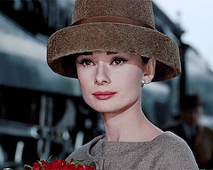 Photo (plaincut) Tags: hot fashion sad style audrey vogue gif chanel hepburn gifs viral buzzing trending plaincut