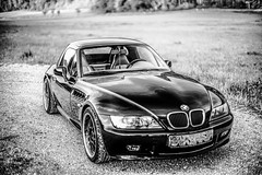 DSC05360 (wildbam25) Tags: blackandwhite white black classic monochrome car sport 50mm mono sony bmw schwarzweiss tuning weiss cabrio z3 schwarz f95 a7 bmwz3 weis a7ii mitakon zhongy