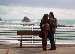 Monterosso-Love on the Piazza (cheryl strahl) Tags: italy europe lovers cinqueterre monterosso liguriansea piazzagaribaldi monterossoalmare italianriveria