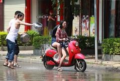 DP1U4167 (c0466art) Tags: new trip travel light water festival canon year chinese custom spill boundary celebrate 2016 1dx c0466art