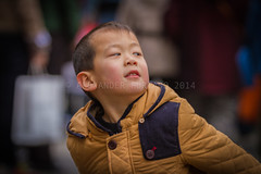 ADF_20140301_0478 (chiyowolf) Tags: chengdu sichuanprovince canoneos7d china streetscenes facesofchengdu peopleofchengdu downjacket winterwear toddler youngboy ef70200mmf28lisiiusm portrait 中国 travelphotography 成都 四川