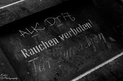 DSC_3540 (Kubiii Photography) Tags: gelb photography nikond7000 nikon nikonphotography leipzig kubiiiphotography lostplaces lost places blackwhite urbex urbexworld abandoned abandonedplaces picture scary grey