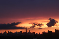 2016July25 (8) (ShellyS) Tags: sunset sunsets skyline skylines nyc newyorkcity manhattan queens sky clouds