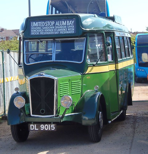 Southern Vectis DL9015
