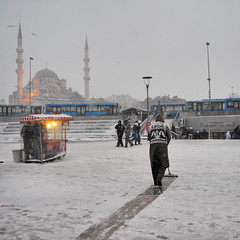 D3A_0746_copy (tsomakoskostas) Tags: winter people turkey square landscape europe istanbul 2010 balkan  nikon2470mm nikond3