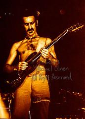 Michael Conen - [PROOF] Frank Zappa solos [Frank Zappa - Louisville Gardens, Louisville KY 11-10-77] (michael conen) Tags: kentucky louisville canonae1 1977 allrightsreserved frankzappa louisvillegardens michaelconen copyright2013