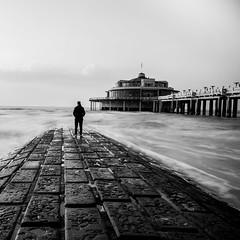 Proust's madeleine (Mara Castillejo) Tags: longexposure bw mer blancoynegro beach mar belgium belgique playa bonheur blgica blankenberg longuepose filtrend maracastillejo