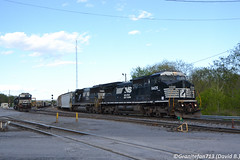 NS 8405 GE D8-40CW (10A) (Trucks, Buses, & Trains by granitefan713) Tags: railroad train ns locomotive ge railfan roadtrain dash8 generalelectric freighttrain norfolksouthern conrail manifest mainline c408w lashup mixedfreight sunburyline exconrail ged840cw nssunburyline