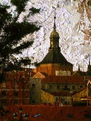 En el corazn de Madrid (desde mi corazn) Tags: madrid textura torre iglesia farol casas tejados ramas barriodelosaustrias desdeelviaducto antiguomonasteriodemadrid cardralcastrense