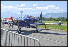 F-SEXP Socata TB 30 Epsilon De la patrouille Cartouche Dore. (wilphid) Tags: montagne alpes grenoble t avions chaleur aroport meetingarien isre leversoud