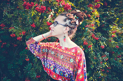 157 (Malvina Lavrientieva) Tags: nature portrait girl dreadlocks grass sun summer glasses rowan ukulele