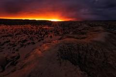Tardes de color (sgsierra) Tags: sunset color sol atardecer puesta nube bardenas caracava