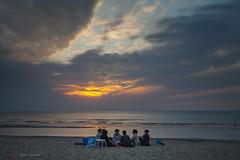 Picknick at Sunset (Pieter Musterd) Tags: beach strand noordzee ah picknick kijkduin