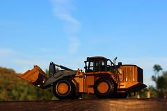 New Deere 944 (cheliman) Tags: new model 150 loader deere 944 ertl wheelloader miningcollection